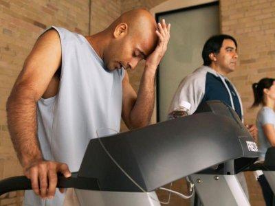 Antrenman Yaparken Başınız Neden Ağrır ve Nasıl Önlenir?