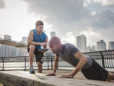 Vücut Geliştirme Sporcuları İçin Kişisel Antrenörün Faydaları